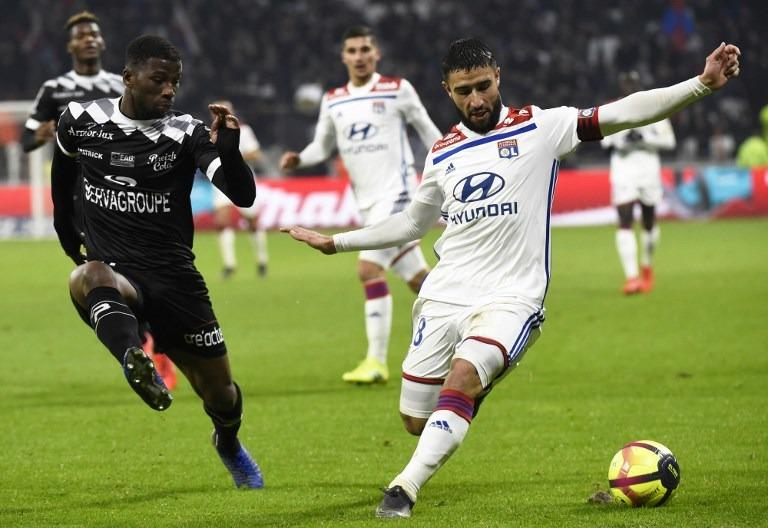 Lyon warms up for Barca with 2-1 win over Guingamp in France