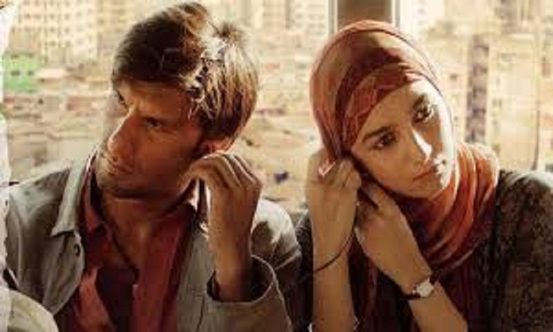 Ranveer, Alia's Gully Boy collects Rs 32 crore in two days