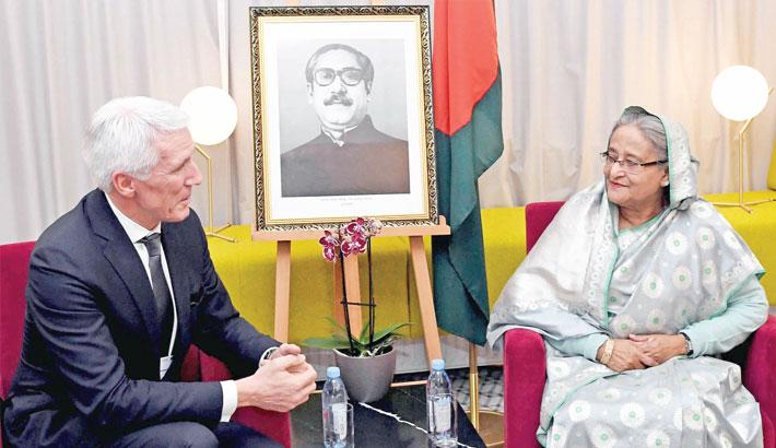 Veridos CEO Hans Wolfgang Kunz meets Prime Minister Sheikh Hasina