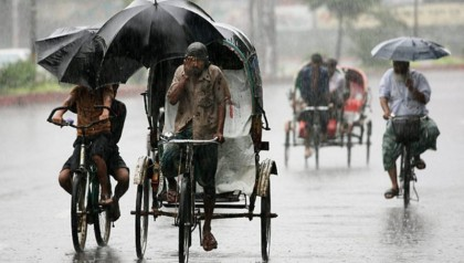 Year's first rain causes sufferings to city dwellers