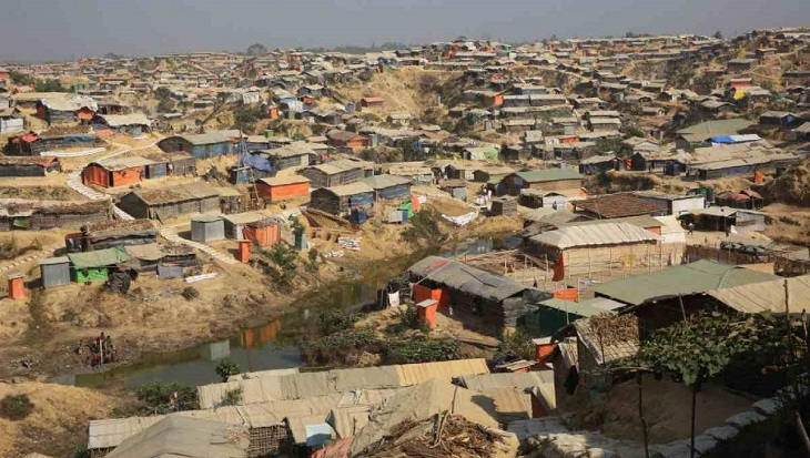 """6 lakh people in Rohingya camps """"exposed"""" to cyclone risks: IFRC"""