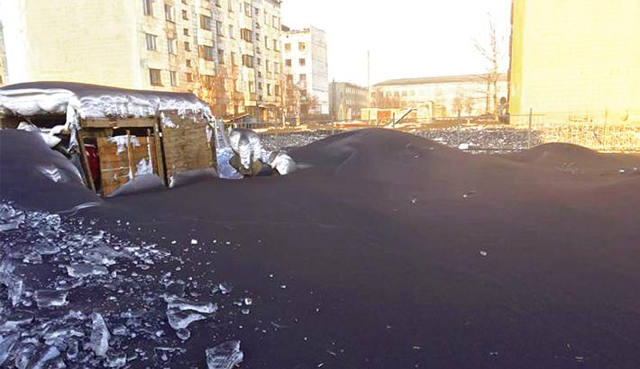 Heavy pollution turns snow black