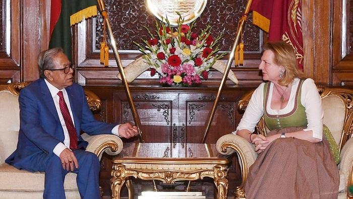 Put pressure on Myanmar to take back Rohingyas, President urges Austria