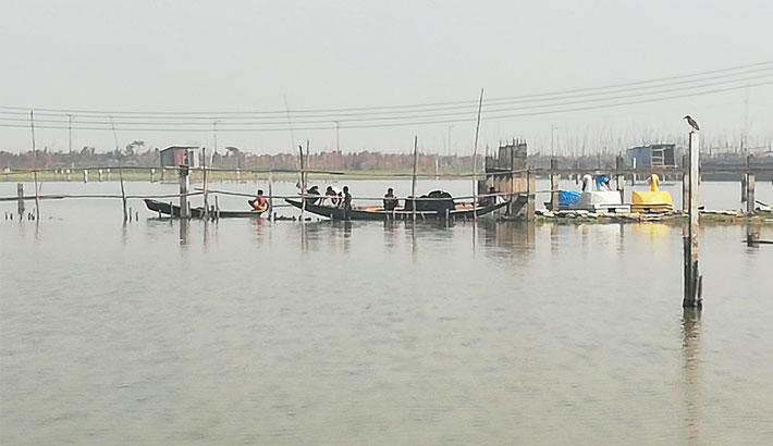 Fish farming on 1,000 residential plots !