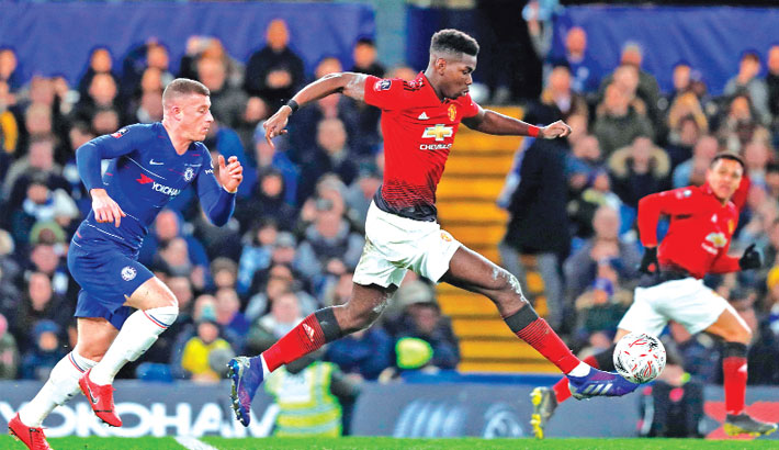 Pogba fires United into last eight