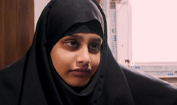 IS teenager Shamima Begum to lose UK citizenship