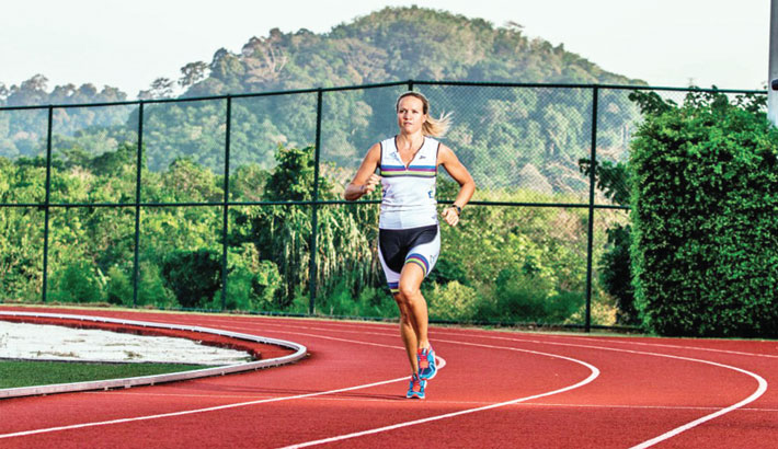3 Useful Stretches for Track Sprinters