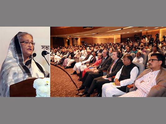 Prime Minister urges judges to deliver verdicts in Bangla