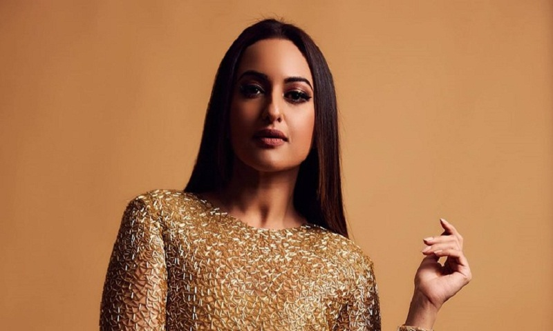 Case filed against Sonakshi Sinha for 'cheating' an event organizer