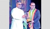 Akbar Sobhan honoured with 'Dashabhuja Bengali'