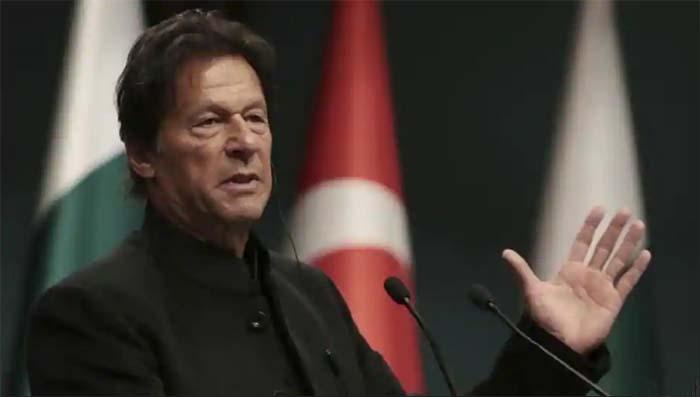 Pakistan PM Imran Khan holds emergency meeting after India strike