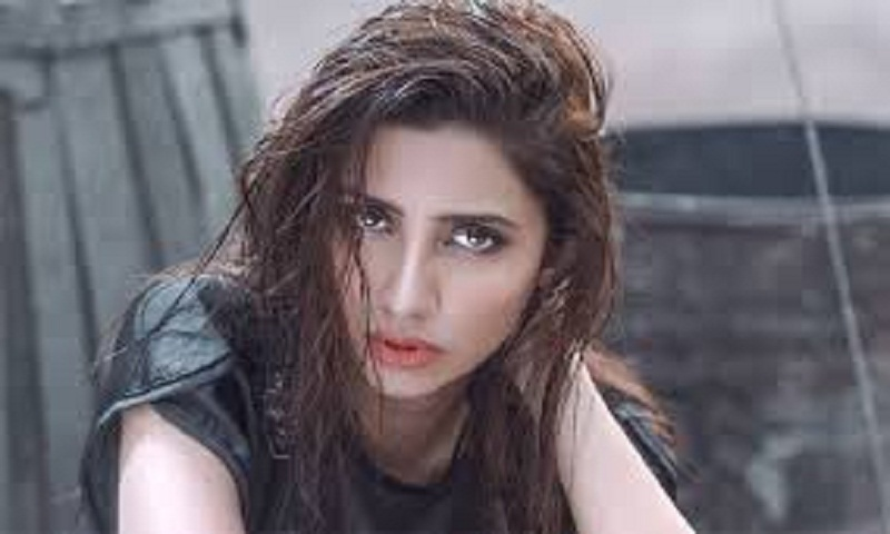 After IAF strikes across LoC, Pak actor Mahira Khan says there is nothing uglier than a war