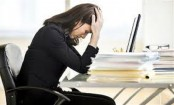 Women who work long hours have a higher risk of depression than men