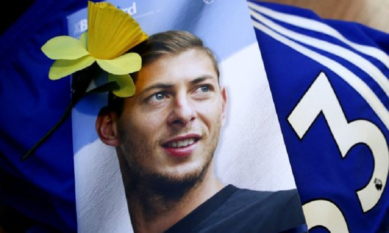 Emiliano Sala death: Pilot 'dropped out of commercial training'