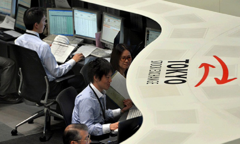Tokyo stocks open higher on cheaper yen