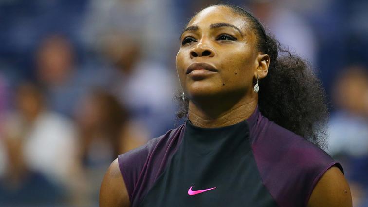 Serena downs Azarenka to reach Indian Wells second round
