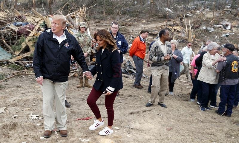 Trump surveys Alabama tornado damage, meets survivors