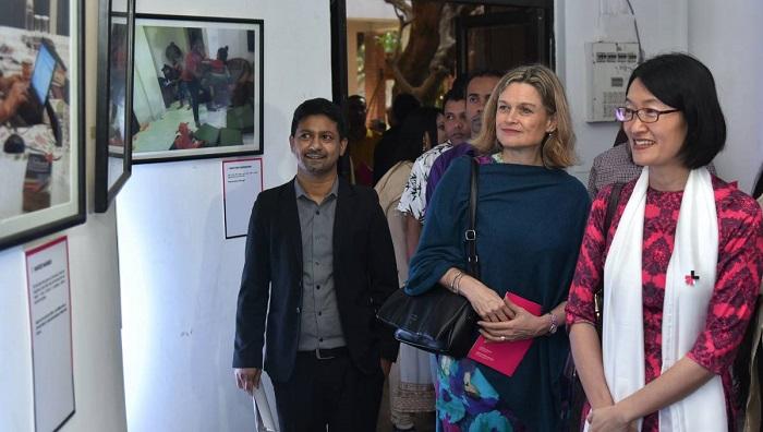 'Swedish Dads and Bangladeshi Babas' photo show held