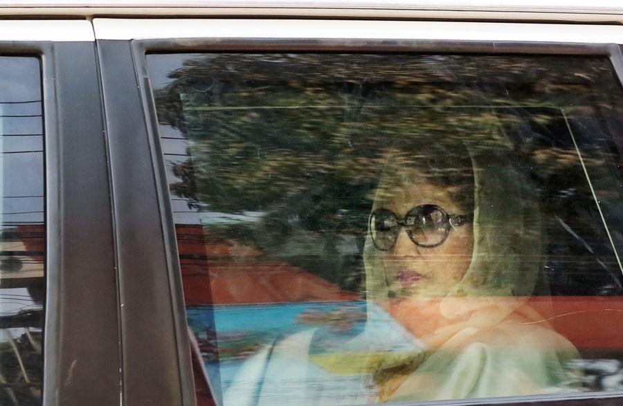 Khaleda refuses to go to BSMMU: Prison authorities