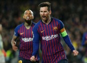 Messi helps Barcelona beat Lyon 5-1 to reach CL quarters