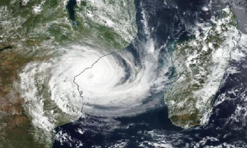 Cyclone Idai: Mozambique braces for 'worst-case scenario' storm