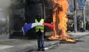 French govt admits 'flaws' after Paris rampage