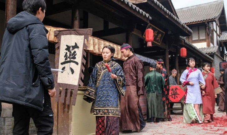 Chasing celluloid dreams in China's film industry