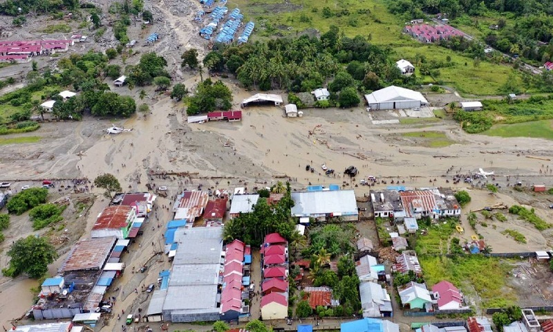 Death toll from Indonesia floods, mudslides rises to 89