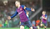 Messi hat-trick blows away Betis
