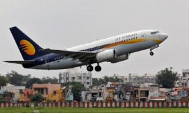 Jet Airways grounds planes as crisis grows