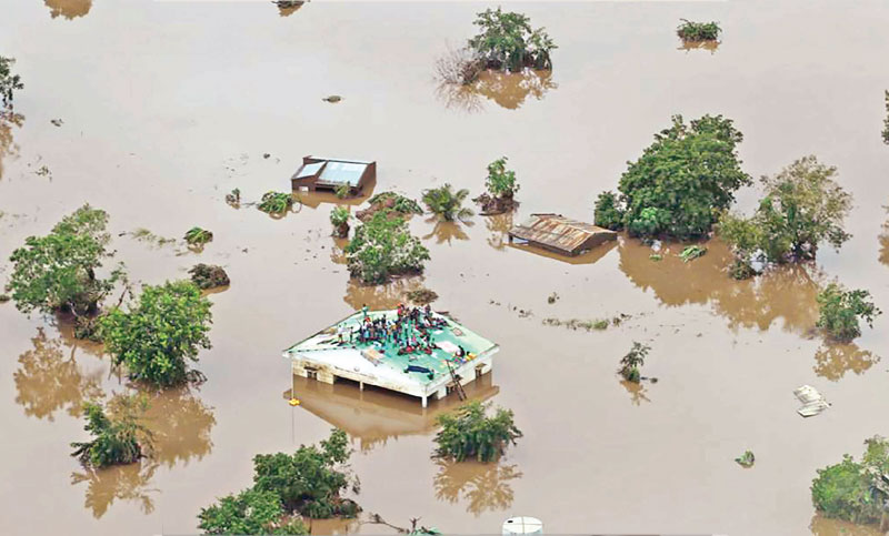 1,000 feared dead in Mozambique storm
