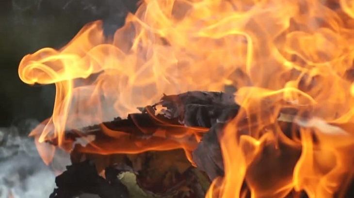 Six shops gutted in Faridpur fire