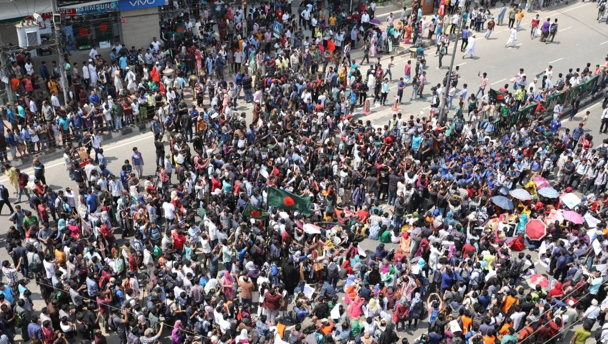 Protesters vow to continue road safety movement