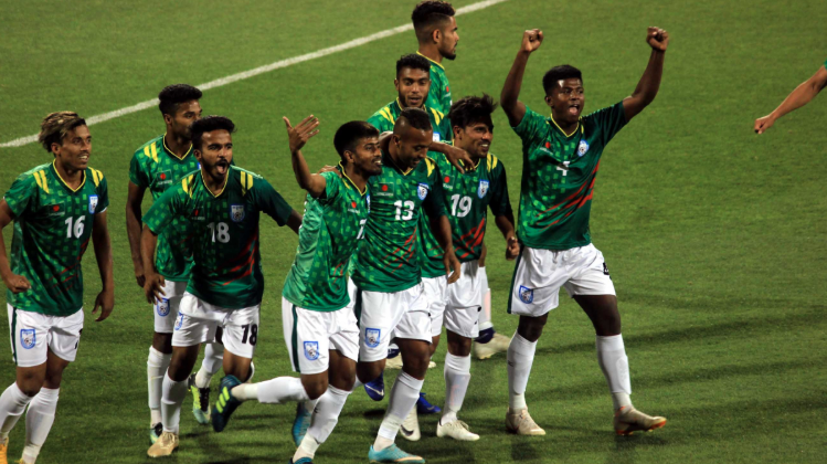 Bangladesh Youth Football team play 1-1 with Al Arabi Club of Qatar