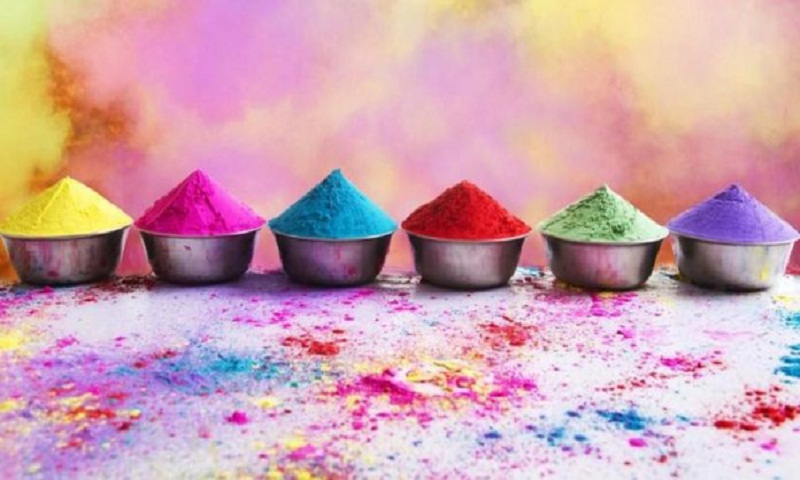 Holi festival being observed