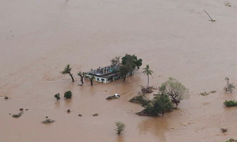 Death toll from Mozambique, Zimbabwe floods exceeds 300