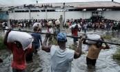 Cyclone Idai: Rescuers race against time to reach survivors