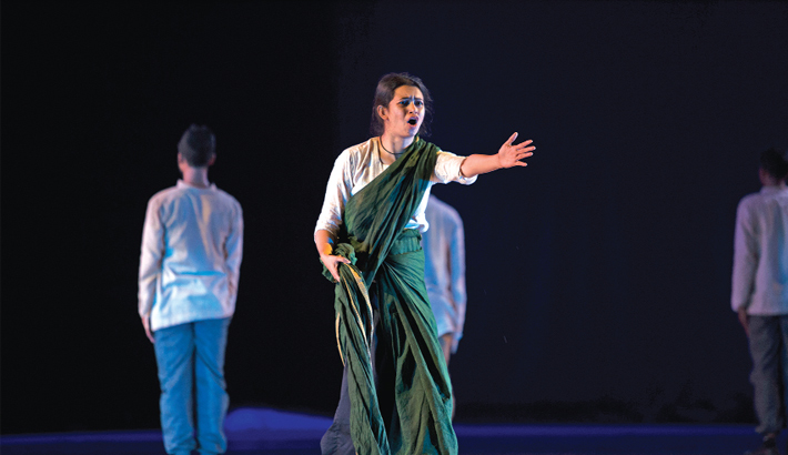 'Jibon O Rajnoitik Bastobota' Enthralls Audience