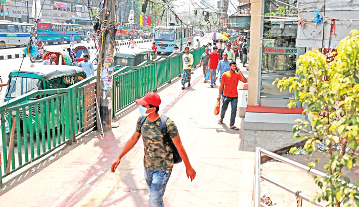 Footpaths freed from hawkers