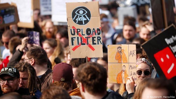 EU Parliament approves controversial copyright reform