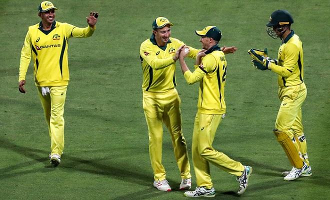 Australia beat Pakistan by 80 runs, clinch ODI series