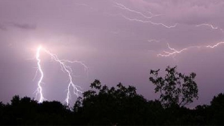 Two sisters killed by lightning strike in Moulvibazar