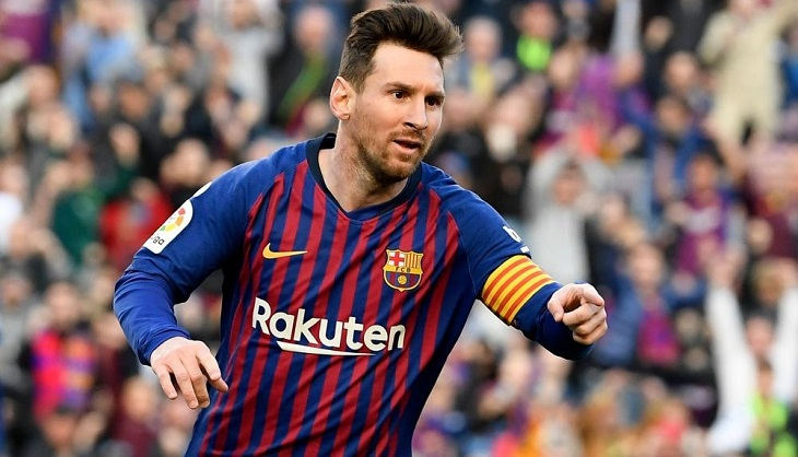 Messi double sends Barcelona 13 points clear