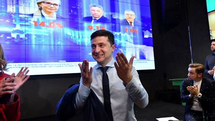 TV comedian Zelensky sets course for Ukraine presidency