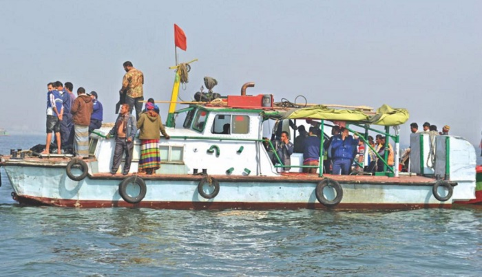 Election official, Ansar, cop go missing as trawler sinks in Meghna