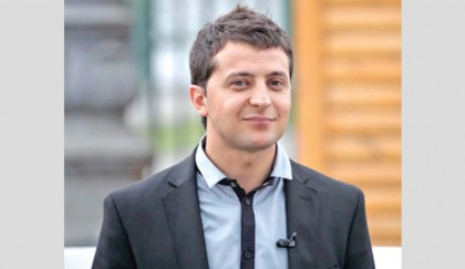 Comedian Zelensky tops Ukraine first-round vote