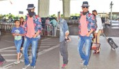 Irrfan removes mask as he is spotted again in Mumbai