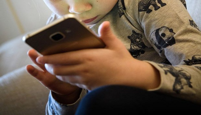 Parenting: How young is too young for a smart phone?
