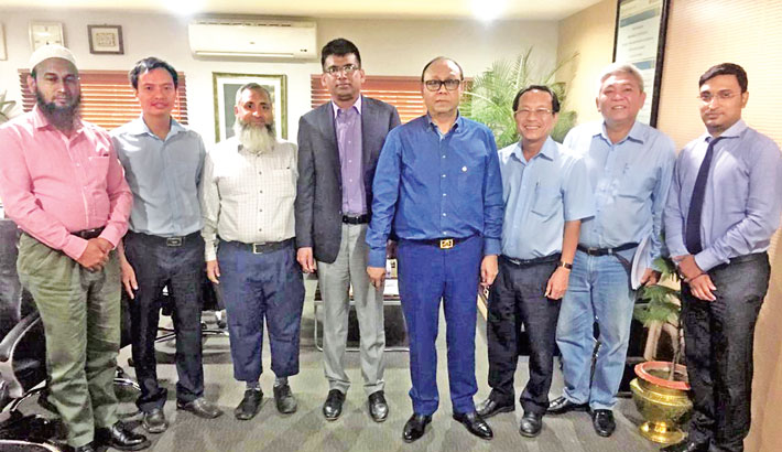Bashundhara Group Chairman Ahmed Akbar Sobhan is seen with representatives of Vina Mekong Consultants JSC