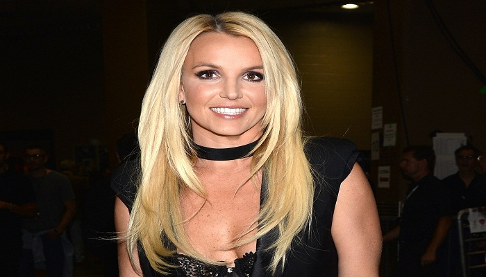 Britney Spears checks into mental health facility